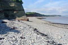 800px-Lavernock_Point_062315