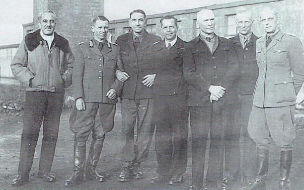 island-farm-officers-2